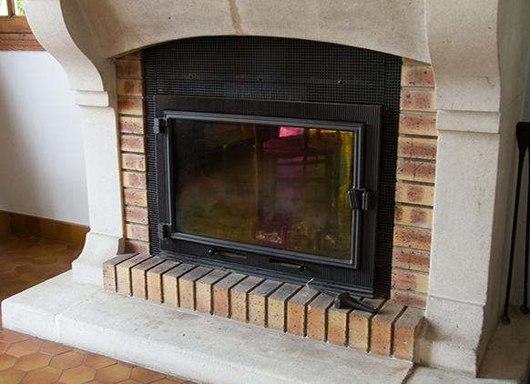 entretien chemine free polerie et chemine avec sud ramonage with entretien chemine bon with. Black Bedroom Furniture Sets. Home Design Ideas